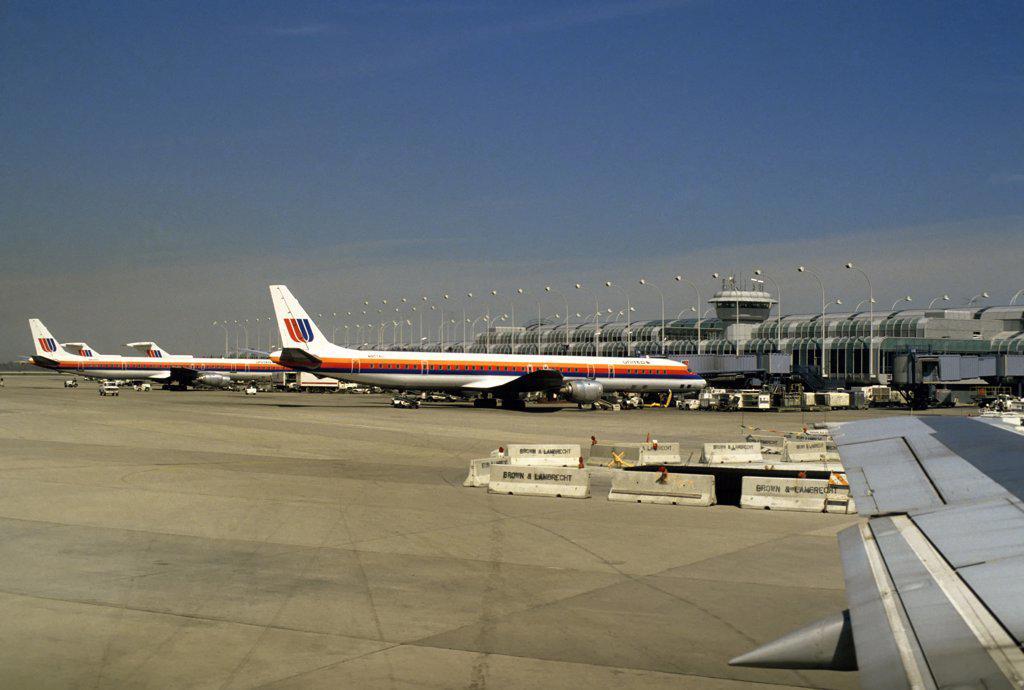 Stock Photo: 4168-8508 USA, Illinois, Chicago, O'Hare International Airport