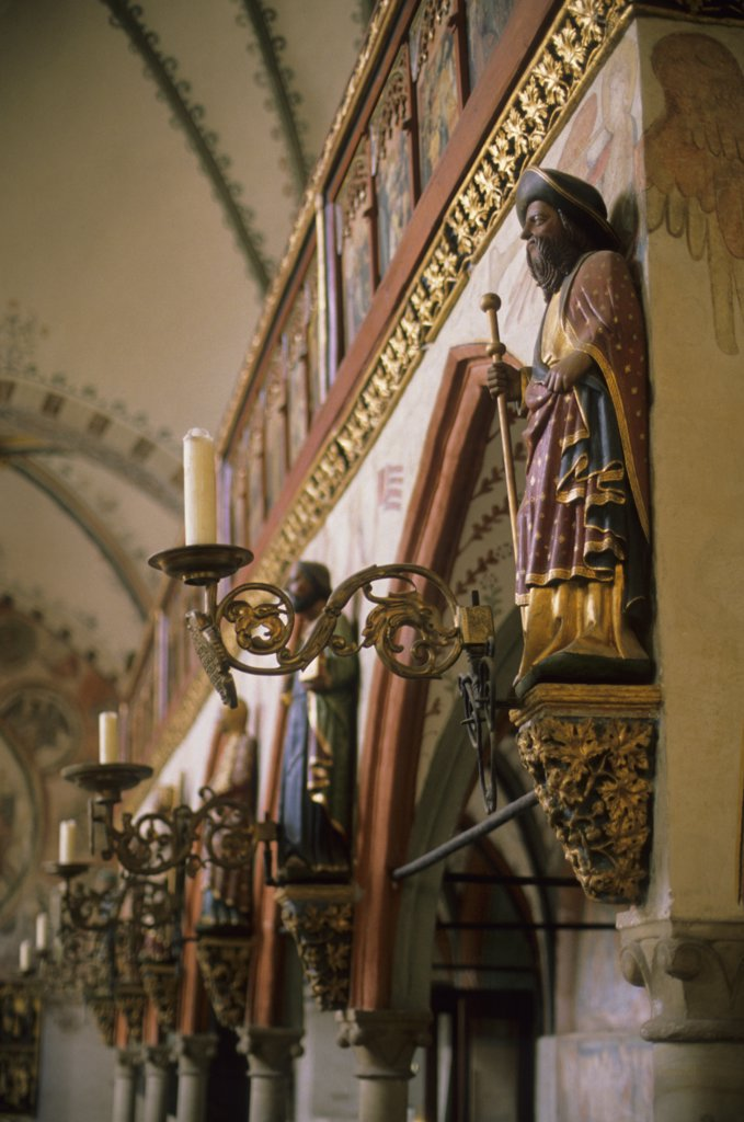 Stock Photo: 4168-8718 Germany, Lubeck, Heiligen-Geist-Hospital, Hospice of  Holy Ghost, Interior, Statues