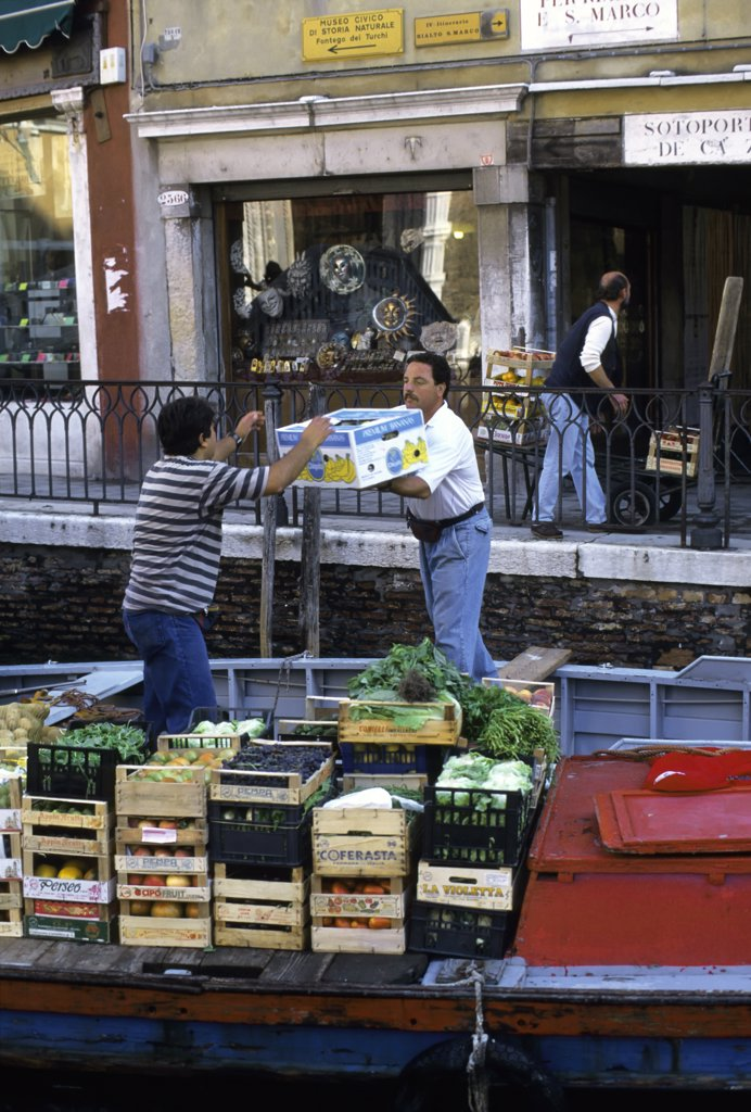 Stock Photo: 4168-8770 Italy, Venice, Fruits and vegetables unloading from boat