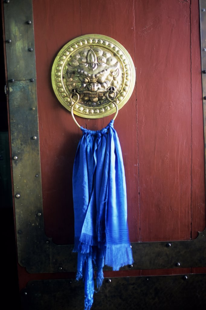 Stock Photo: 4168-9837 Central Mongolia, Near Karakorum, Shankh Hiid Monastery, Door, Detail