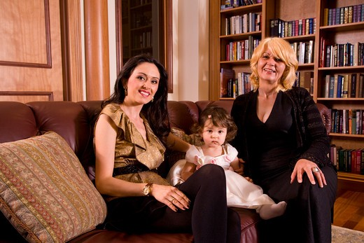 Portrait of multi-generation of female Bosnian family at home : Stock Photo