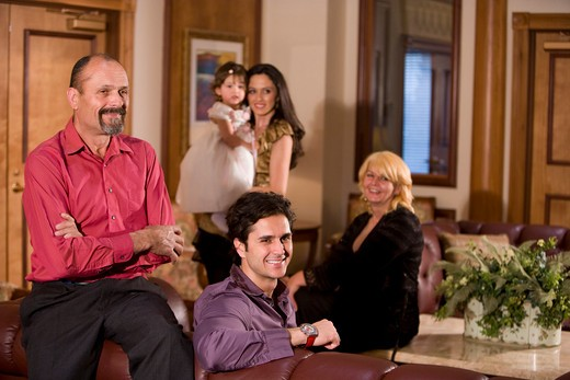 Stock Photo: 4172R-884 Portrait of multi-generation family in living room