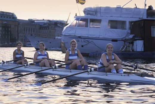 teamwork cooperation stockholms rowing club women team model released : Stock Photo