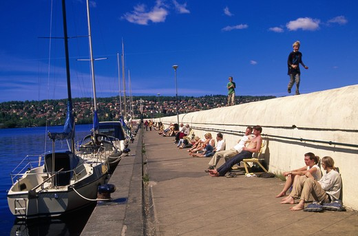Jonkoping Vattern Smaland pir,mani. solande : Stock Photo