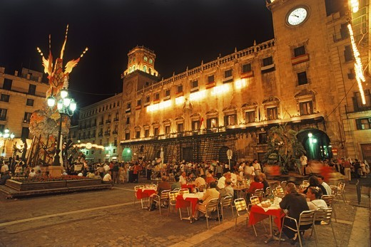 Outdoor dining on Plaza del Ayuntamiento (City Square) in Alicante, Spain : Stock Photo