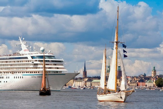 Stock Photo: 4176-26788 Sweden, Stockholm - Sailboats and a ferry in the sea - Tall Ship Race 2013