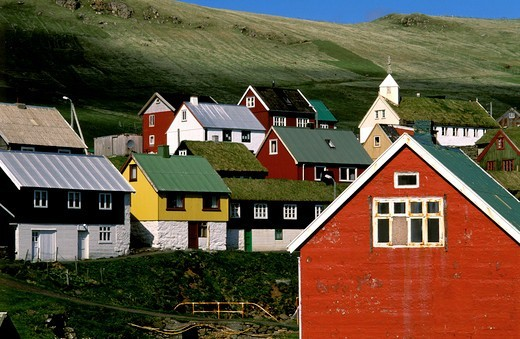 Stock Photo: 4176-37284 Colorful houses in a village in Faroe Islands