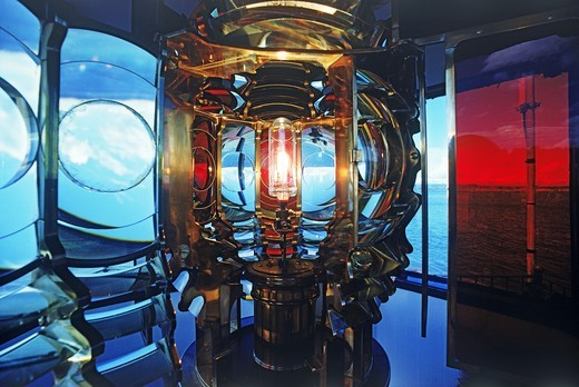 West Point Lighthouse lamp and crystal lens on Puget Sound in Washington : Stock Photo