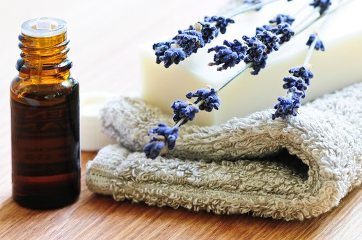 Bar of natural aromatherapy soap with dried lavender and essential oil : Stock Photo