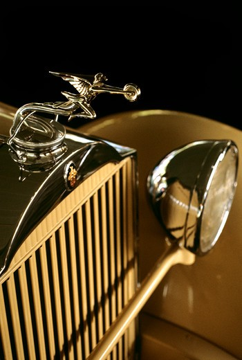 Stock Photo: 4186-17685 Packard Automobile Detail Of Front Grill And Hood Ornament