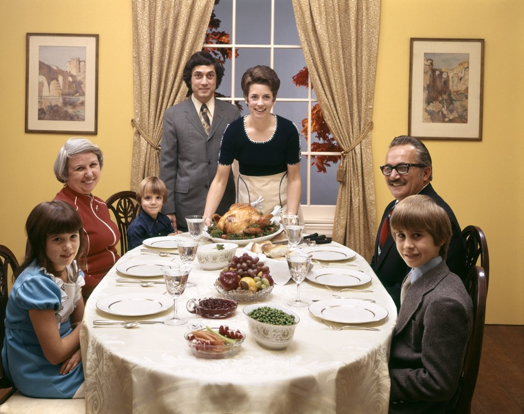 Stock Photo: 4186-5751 1970S Family Dinner