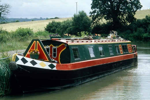 Stock Photo: 4192-11159 Canal, Avon, England
