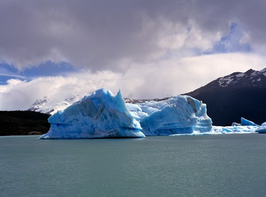 Stock Photo: 4192-3075 Lago Argentino, Patagonia, Argentina