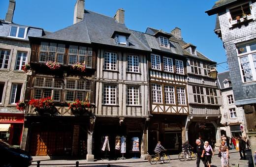 Stock Photo: 4192-8046 Dinan, Brittany, France