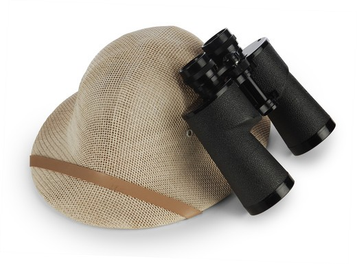 Stock Photo: 4193R-1443 safari pith helmet and binoculars isolated on white background