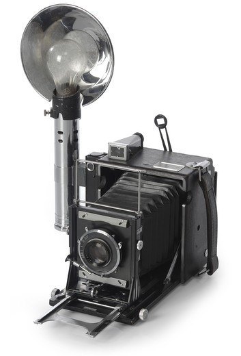 Stock Photo: 4193R-1542 Retro SeedGraphic camera shot on white background from an isomorphic view