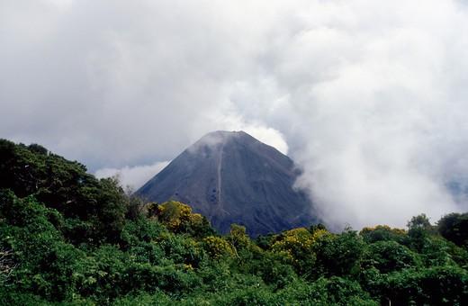 Stock Photo: 4193R-1801 dormant volcano in El Salvador