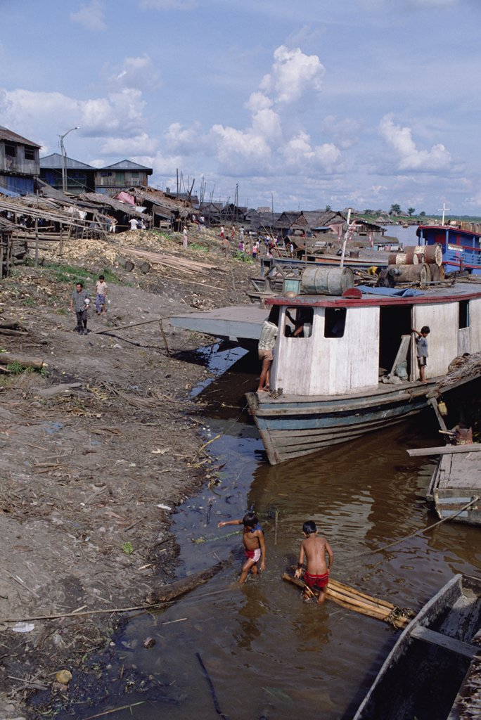 Stock Photo: 4201-32174 River ghetto, Amazon River, Iquitos, Peru