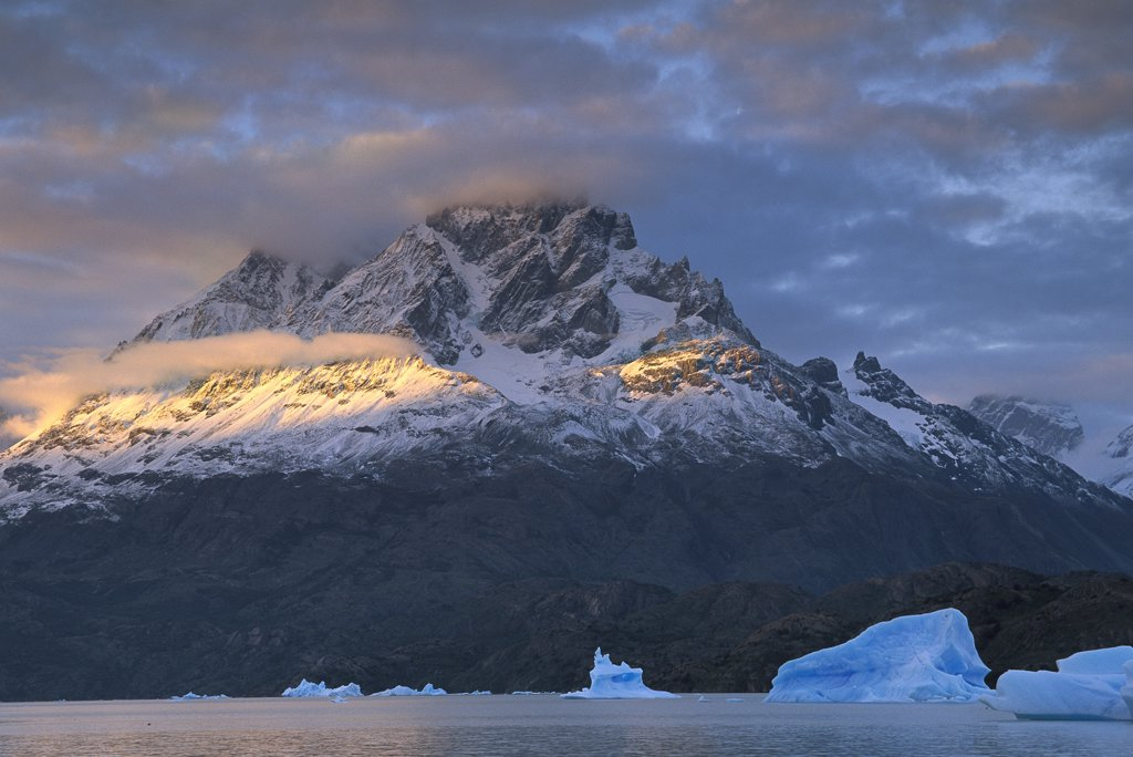Stock Photo: 4201-37707 Blue icebergs at sunset in Lago Grey, Torres del Paine National Park, Patagonia, Chile