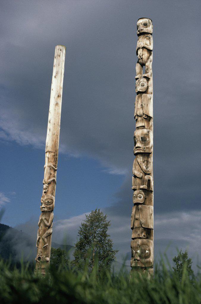Stock Photo: 4201-39229 Totem poles, British Columbia, Canada
