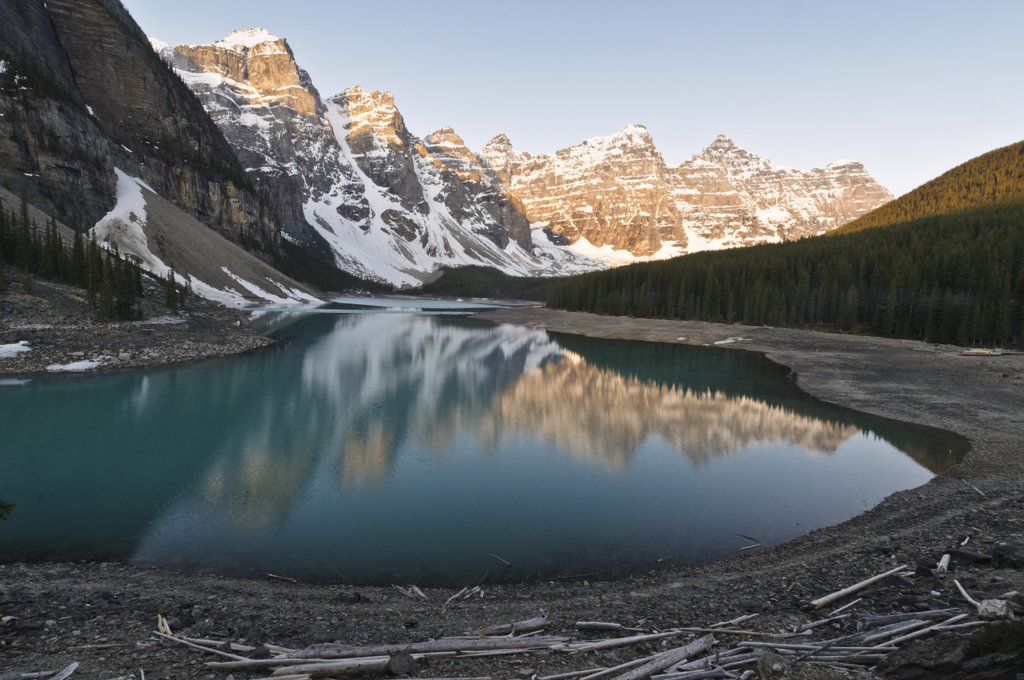 Valley of the Ten Peaks reflected in Moraine Lake at sunrise, Banff National Park, Alberta, Canada : Stock Photo