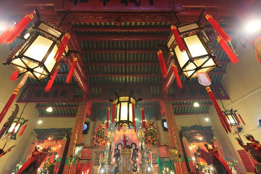 Stock Photo: 4219-213 Chinese lanterns hanging in a temple, Man Mo Temple, Hong Kong, China