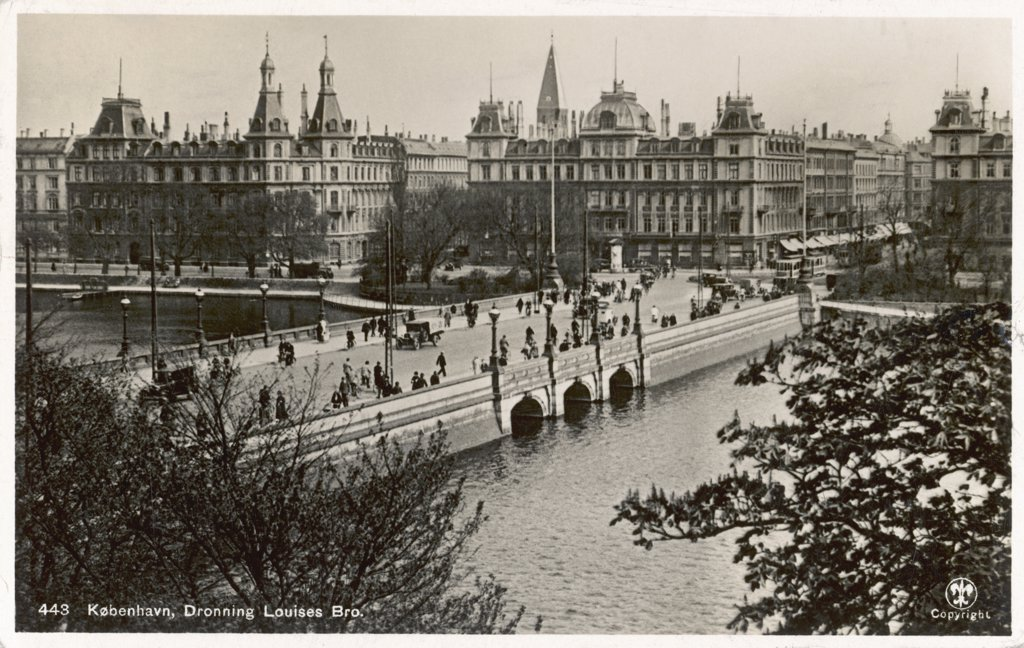Stock Photo: 4220-2091 Copenhagen:Dronning Louises Bro (bridge) Date: 1935
