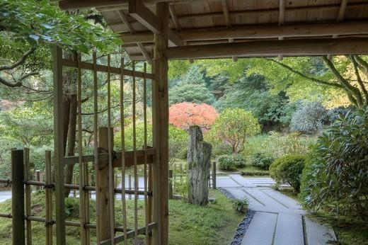 Tea Garden Gate, Japanese Garden, Portland, Oregon, USA : Stock Photo