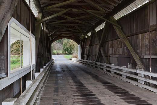 Mohawk Covered Bridge, Oregon, USA : Stock Photo