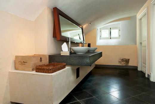 Luxury Public Bathroom : Stock Photo