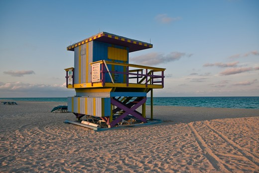 Miami Beach, FL, US, Lifeguard Hut on the Beach : Stock Photo