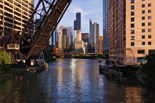 Kinzie St Bridge in Chicago : Stock Photo