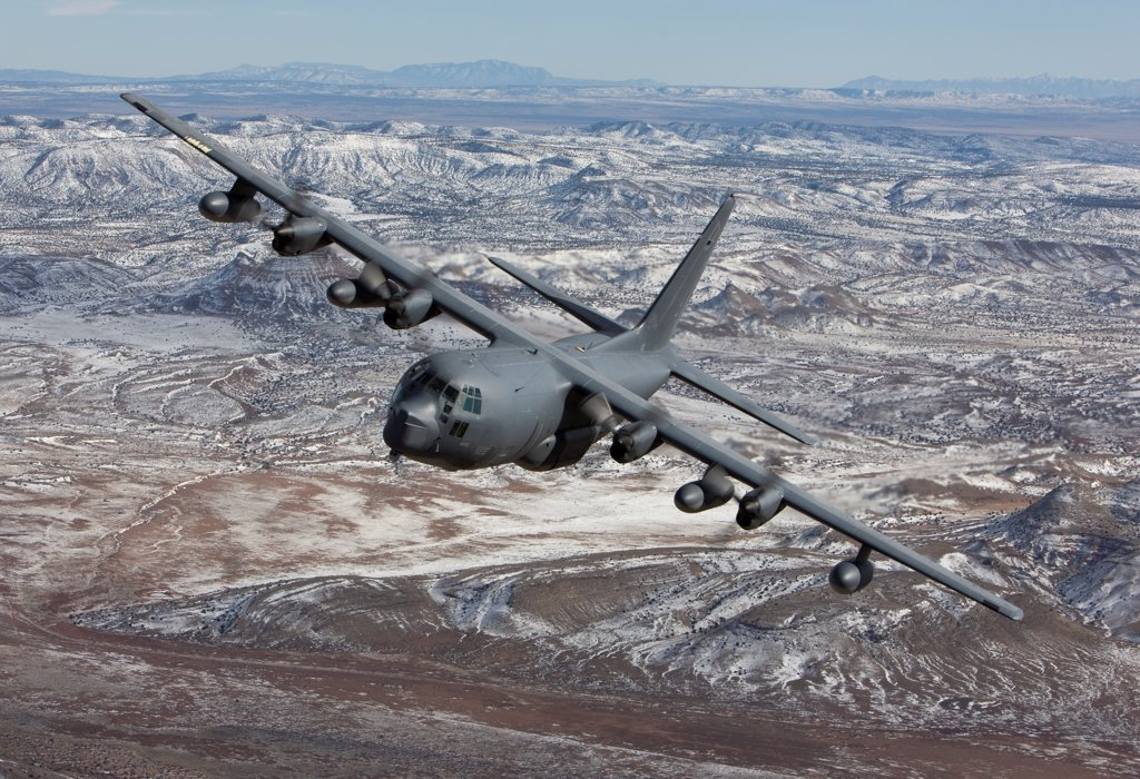 An MC-130 from the 550th Special Operations Squadron manuevers during a training mission out of Kirtland Air Force Base, New Mexico. : Stock Photo