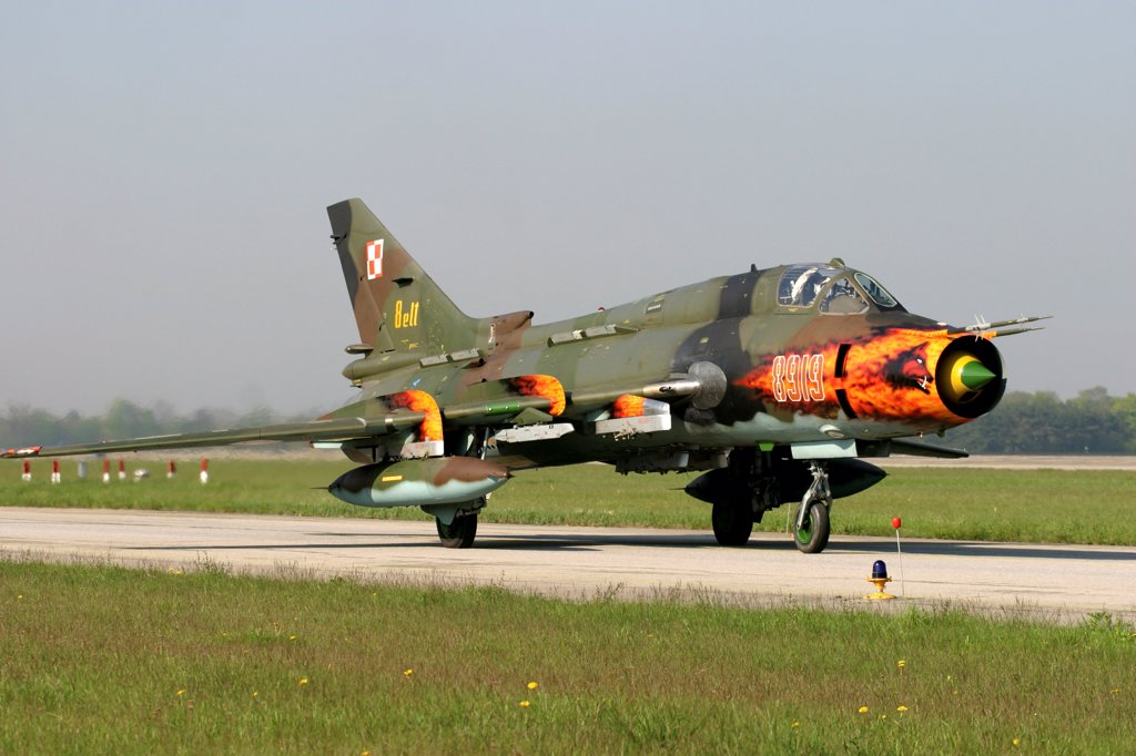 Polish Air Force Su-22 Fitter aircraft with flamboyant nose-art taxies during the bi-annual ELITE exercise at Lechfeld Airbase, Germany. : Stock Photo