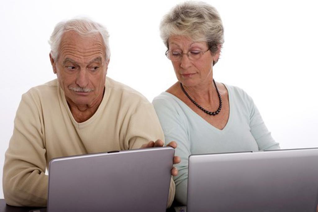 Couple computer : Stock Photo