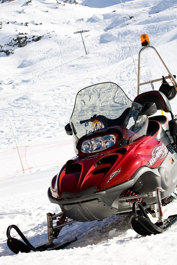 Stock Photo: 4252-14407 Ski station snow-bike