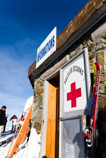 Stock Photo: 4252-14428 Station help chalet