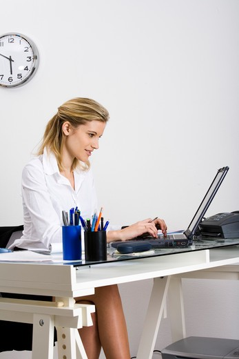 Stock Photo: 4252-17072 Woman office