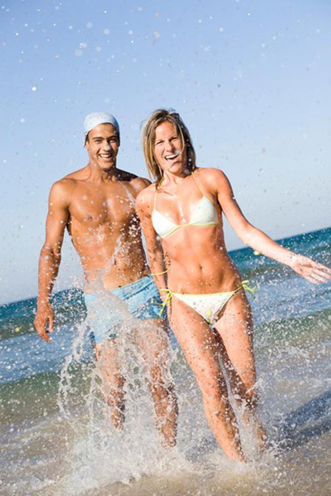 Stock Photo: 4252-17926 Couple beach energy