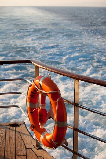 Stock Photo: 4252-22549 Rubber ring boat