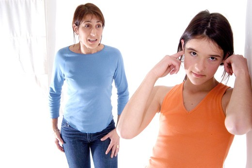Stock Photo: 4252-25756 Mother and daughter, conflict