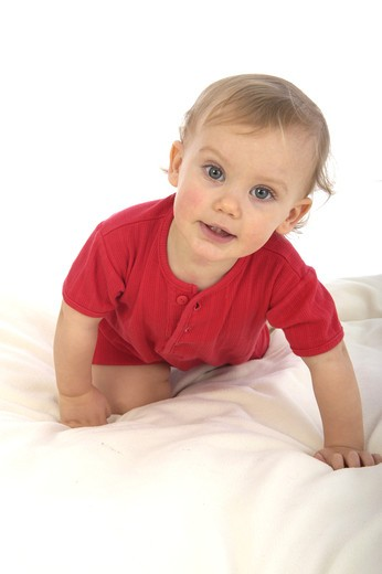 Stock Photo: 4252-26002 Baby crawling