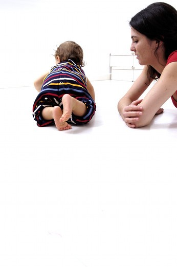 Baby on all fours : Stock Photo