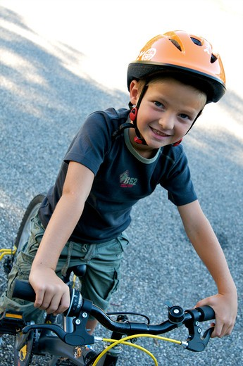 Stock Photo: 4252-32554 Little boy bike