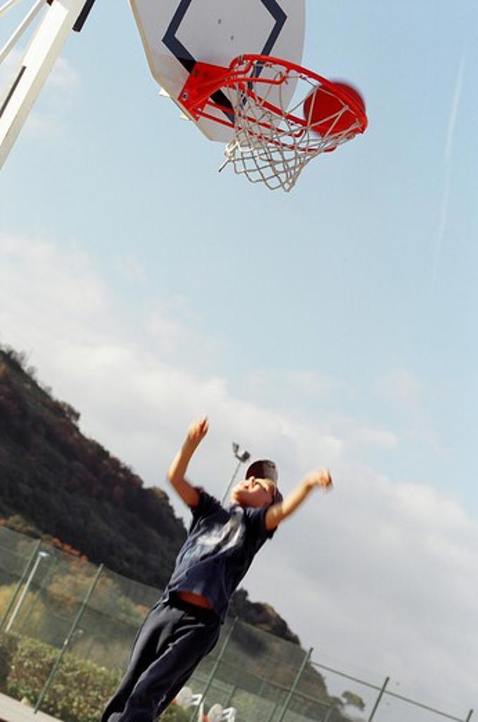Stock Photo: 4252-3568 Child basketball