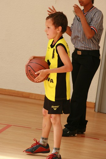 Stock Photo: 4252-3590 Child basketball