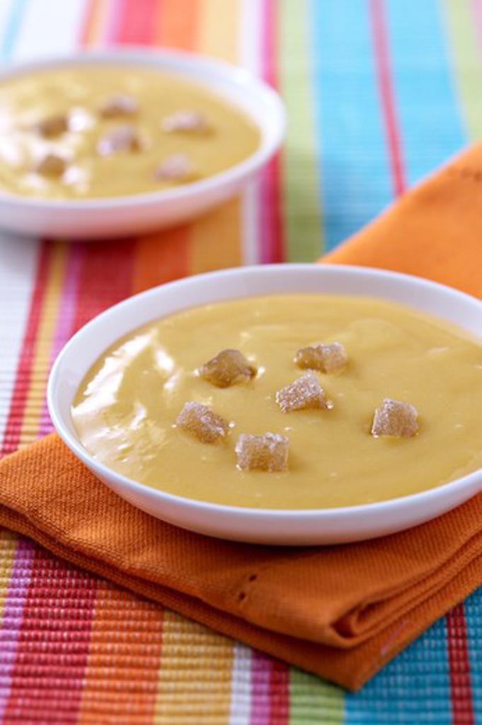 Ginger mango soup : Stock Photo