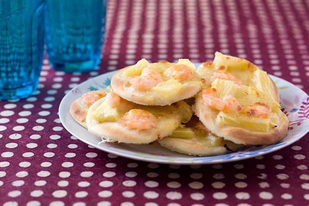 Stock Photo: 4252-7376 Pineapple shrimp pizzettes