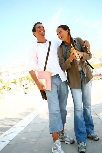 Stock Photo: 4252-9847 Teenage couple walk