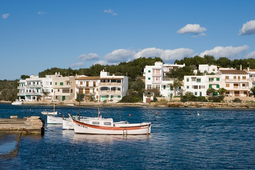 Stock Photo: 4256-1156 Fishing boats and houses,Portopetro, Mallorca, Balearic Islands, Spain, Europe